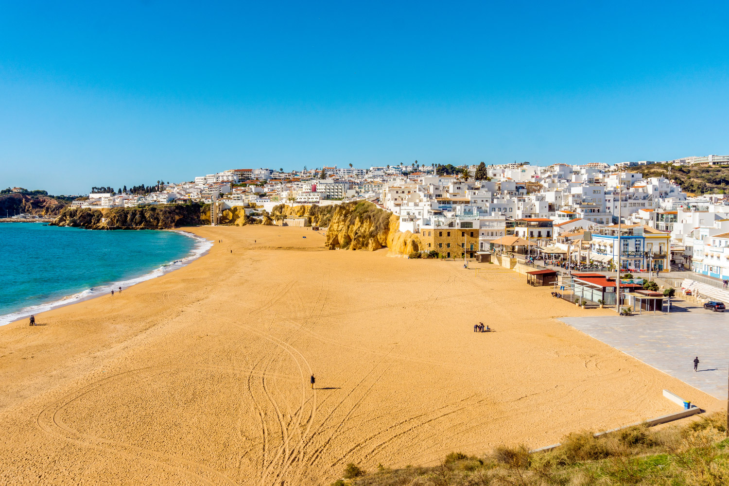 407/Photos/Services/albufeira-beach.jpg
